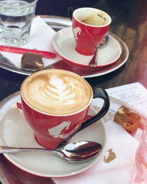 Не назову себя гурманом или кофеманом.., но выпить пару чашечек вкусного американо в день - традиция. И...