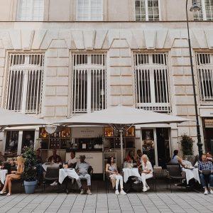 The last summer days in Vienna! #parkhyattvienna #vienna #amhofschanigarten Park Hyatt Vienna