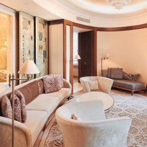 Simply elegant and the most fantastic bathroom! #parkhyattvienna #vienna #suite ❤️ @alecramazzottimalin ❤️ ...