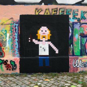 Das Wienerischste Graffiti aller Zeiten: gerade am Donaukanal gesehen #meibierisneddeppat #mundl #wienliebe #nofilter