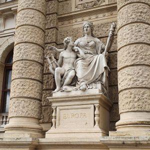 Us & Them NhM Naturhistorisches Museum Wien