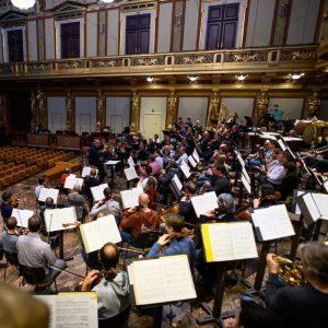 🎶 Vorfreude auf heute Abend! 😍 Heute Abend dirigiert Maestro Valery Gergiev die ...