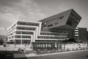 ARHITEKTONSKI BISER I FUNKCIONALNI CENTAR ZA UČENJE 👨🎓  📚 Na izgled novog kampusa Ekonomskog univerziteta u...