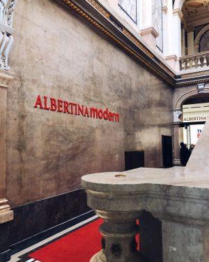 Art gateaway Albertina Modern