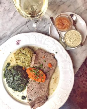 Sunday lunch cannot get more Viennese than this @cafesperl #tafelspitz #vienna #traditional #traditionalfood ...