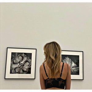 Als man noch ohne Maske rumlaufen konnte... #langistsher mumok - Museum moderner Kunst ...
