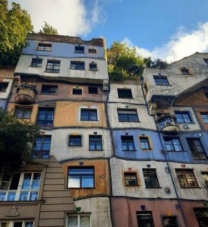 Natur und Archidektur in einem Bauwerk vereint 🌿🏡 #hundertwasser #hundertwasserhaus #wien #wienliebe #wienstagram #wien🇦🇹 #wiennurdu #wiennurduallein #vienna...