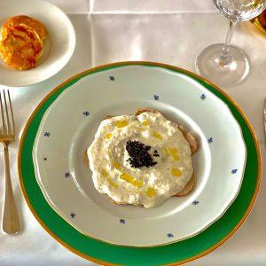 🔥Störische Geschichte👌 Vitello mit geräuchertem Stör und Kaiser Caviar. Kalbsfleisch ✅ Geräucherter Stör ...