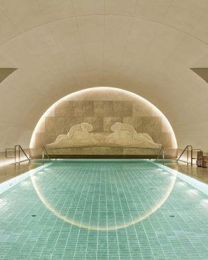 Zeit zum Relaxen: Eines der schönsten Indoor-Pools in Wien findest du im ARANY ...