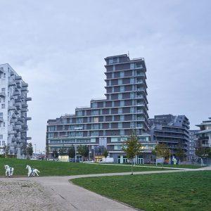 📍Aspern J4, Wien . Das multifunktionale Gebäude Sirius wurde fertiggestellt 👍 . . Auftragsumfang: Architekturplanung gemeinsam mit...