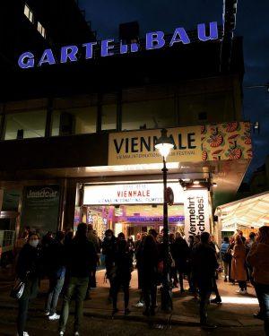 VIENNALE ❤️ @viennale_official • Schaut euch HOCHWALD an - fantastischer Film!! • • • #gartenbaukino #wien #filmfestival...