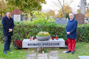 🌹 Gedenkrundgang am Wiener Zentralfriedhof Unser gestriger Gedenkrundgang startete vor dem 2. Tor des Zentralfriedhofes und führte...