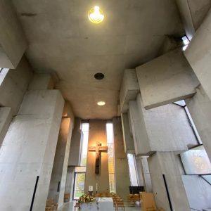 Sonntagsvisite: #Kunstraum, der im #lockdown #geöffnet bleibt >;e) Wotrubakirche