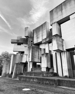 Wotruba Church - 1230 Vienna #austria #austria🇦🇹 #vienna #architecture #architecturephotography #church #modernarchitecture Wotrubakirche