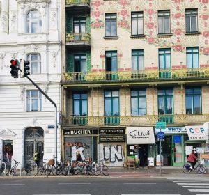 Wien ist auch an grauen Tagen bunt ☁️🌈 #perfektermoment #wien #wientipp #wienlocation #wienstagram #vienna #vienna_city #viennaaustria #wieninspiration...