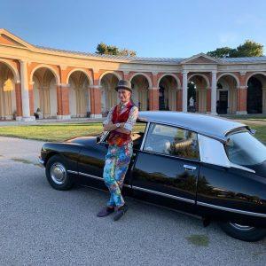 Nicht nur am heutigen Tag, sondern jederzeit nach Anmeldung: Geführte Zentralfriedhof-Tour im Citroën DS, derzeit maximal 3...