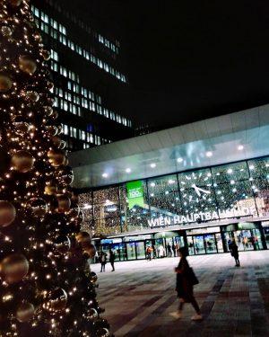 #vienna #wien #durchWienspaziert #wienhauptbahnhof #hauptbahnhof #railway#favoriten #1100wien #stadtwien #viennacity #viennablogging #viennabloggerin #viennalove #favoritenfavourites ...