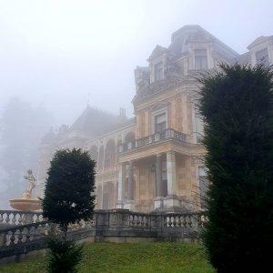 foggy #hermesvilla . . . . . #lainzertiergarten #wien #vienna #wienliebe #stadtwien #castle ...