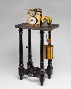 Das Chronoskop nach Matthäus Hipp (1813-1893) ist, vereinfacht gesagt, eine Stoppuhr, die bei physiologischen Untersuchungen als Zeitmesser...