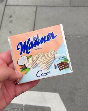 So yummy 🤩 Little Memory of Vienna in September #throwbackthursday #throwback #thankful #manner #coconut #vienna #wien #austria...