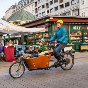 Die ideale Kombi nach dem Wochenende: #Lebensmittel auf den #WienerMärkten einkaufen und eine kleine Runde mit dem...