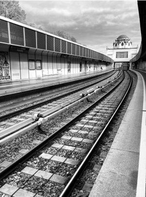 Abandoned. . . #dpsp_street #streetphotography #streetleaks #eyeshotmagazine #streetphotographyinternational #spi #spicollective #spi_collective #spi_bnw #life_is_street ...