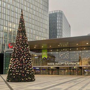 28/11/2020 Austria Wien Hauptbahnhof Vorweihnachtszeit #austria #autriche #rakusko #Ausztria #Австрия #奥地利 #Αυστρία #オーストリア ...