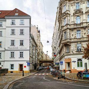#viennaaustria #viennaarchitecture #beautiful #architecture #vienna #photography #photowalk #viennalove