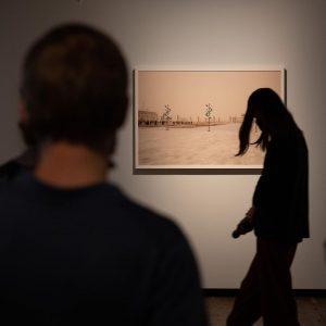#AbMontagWiederMuseum #3: #KunstHausWien #NachUnsDieSintflut verschafft #Fotografien bzw. #Bildsprache der #Kunst gegen die Apokalypse wieder #Aufmerksamkeit (wieder geöffnet...