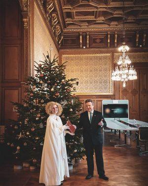 Als Wiener #Bürgermeister genießt man ja so manches Privileg - ein frühzeitiger Besuch vom #Christkind gehört da...