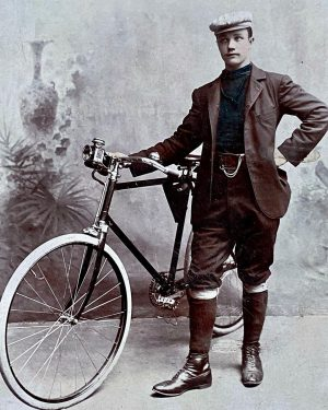 Cyclist from Vienna, 1902. #vintagebicycle #vintagebicycles #vintagecycling #veterancycling #oldbicycle #antiquebicycle #antiquebike #germancyclist #radfahrer #1902 #vienna #oldtimerfahrrad #bicyclehistory...