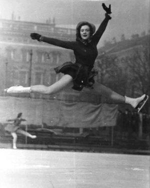Wir wünschen einen guten Rutsch ins neue Jahr! ⛸️🍀🐞 (Fotografie, 1935, Bildarchiv und ...