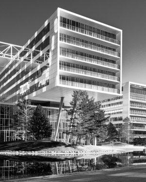 City lake 📌 Viertel Zwei Campus, Vienna •⠀ •⠀ •⠀ •⠀ •⠀ •⠀ •⠀ •⠀ •⠀ •⠀...