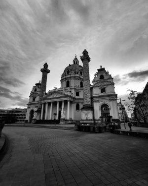 Vienna #bw #wien #vienna #wienlove #wienstagram #viennablogger #vienna_austria #europa #bestie #fotoğraf #fotografdukkanim #instagood ...