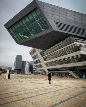 WÜRDE-Campus #architect #zahahadid #parametric #parametricism #architecture #igersvienna @wuvienna WU (Wirtschaftsuniversität Wien)