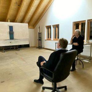 Albertina director Klaus Albrecht Schröder visiting Eduard Angeli in the studio. #klausalbrechtschröder #eduardangeli ...