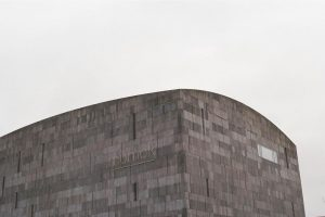 grau in grau ›› Minolta 5000 AF ›› 50mm 1.7 ›› Kodak Ultramax 400 mumok - Museum...