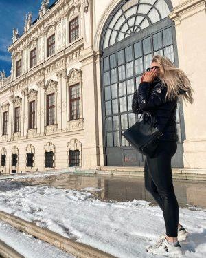 sunny day 🌹 #vienna