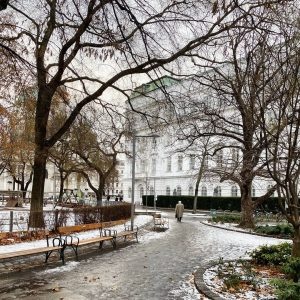Schnee ade, Gatsch olé! ❄️ #tuwien #tuw #resselpark #resselparkwien #winterwonderland #gatschpartie #technischeuni #technischeuniwien ...