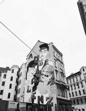 Ambivalenz . . . #ricohgriii #streetartbnw #bnwphotos #wallgraffiti