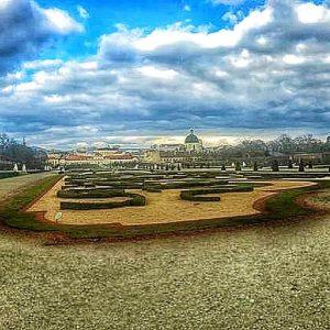 (DE) Vielen Dank an @jori_0407 für beide ungewöhnlichen Fotos vom Belvedere, welches 2 ...