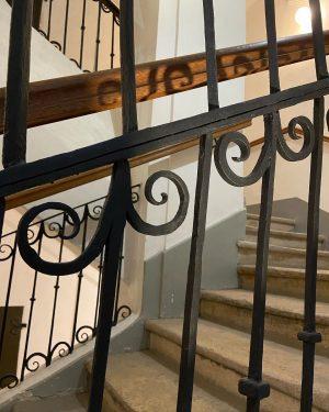 Auf in die Mozart-Wohnung! #mozarthausvienna #treppenhaus #wien #vienna #mozart #wohnung #treppen #visitingmozart Mozarthaus Vienna