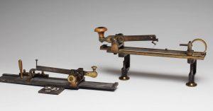 Das Neuramöbimeter nach Exner und Obersteiner wurde erstmals 1873 von Dr. Sigmund Exner (1846-1926) vorgestellt. Es ist...