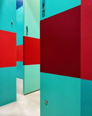 Toilet Triptychon 10.2 - Vienna #dailyinspiration #mindbodysoul #exhibitionspace #observingbeauty #toiletart #toiletlife #mensworld #itsamansworld Wien Museum MUSA