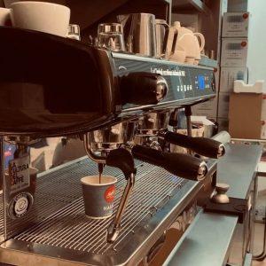 🤎Coffe first! 🤎 Ihr könnt euch neben unseren italienischen Gerichten auch einen Coffee ...