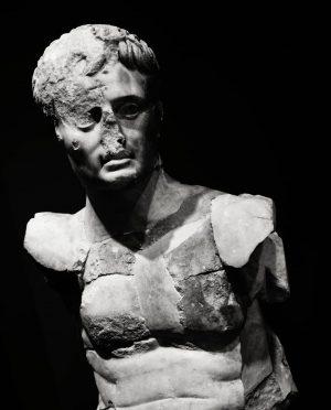 #emperoraugustus #timeisthegreatestenemy Romanın ilk imparatorunun alnındaki Haç ile damgalanması First emperor of Roman Empire marked by Cross...