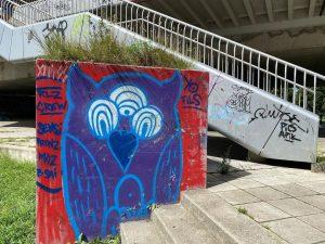 simple but nice idea 🙃 . . . . . . . #graffiti #streetart #art #graffitiart #urbanart...
