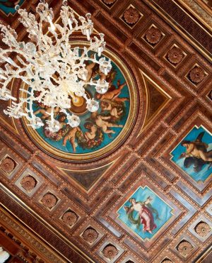 A journey back in time to the 19th century: 🖌️ 🎨 The paintings around the chandelier of...