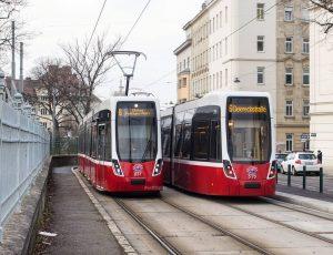 @tramsimulation vibes in der Windtenstraße. 🙃 #wienerlinien #wien #bim #strassenbahn #flexity #viennatram #tramway ...