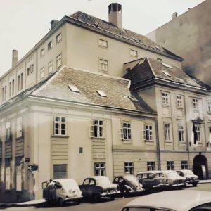 Ein Blick zurück in die 60er Jahre: Das Bühnenhaus des Theaters an der Wien von der Lehargasse...